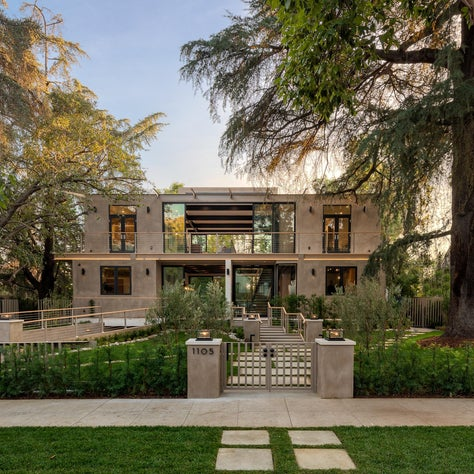 A Glass House In an Old Southern California Neighborhood