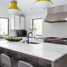 Modern Farmhouse Kitchen, with mixed metals and a pop of color