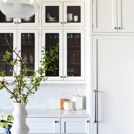 Scott Street Residence - Fresh white kitchen with open cabinetry