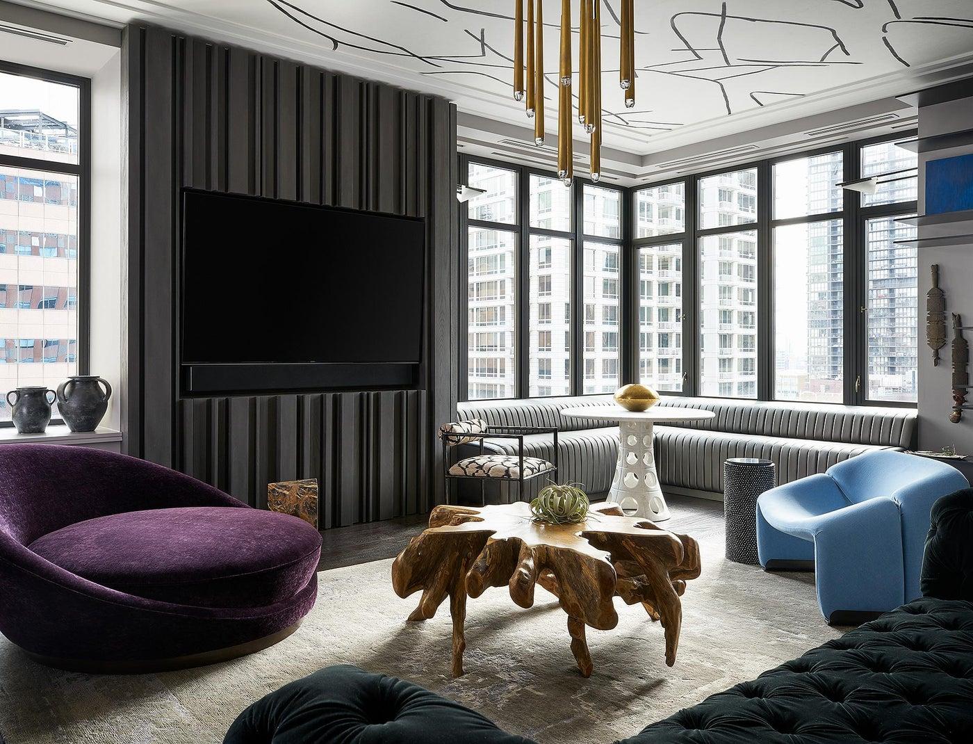 Ritz Carlton Residence, Bachelor Pad