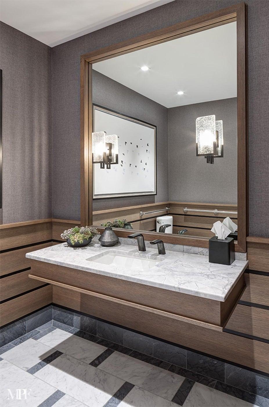 Trinity Forest Golf Club Mens' Bathroom