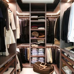 Walk-in custom made wardrobe closet dressing room