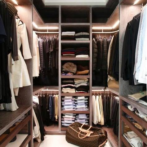 Walk-in custom made wardrobe closet dressing room