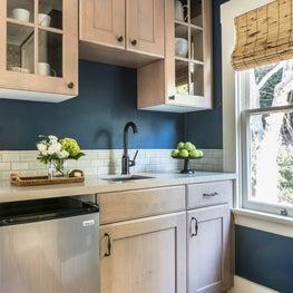 Lakeshore Guest Cottage Kitchen