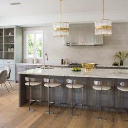 kitchen and breakfast room pendant lighting wood floors, island seating.