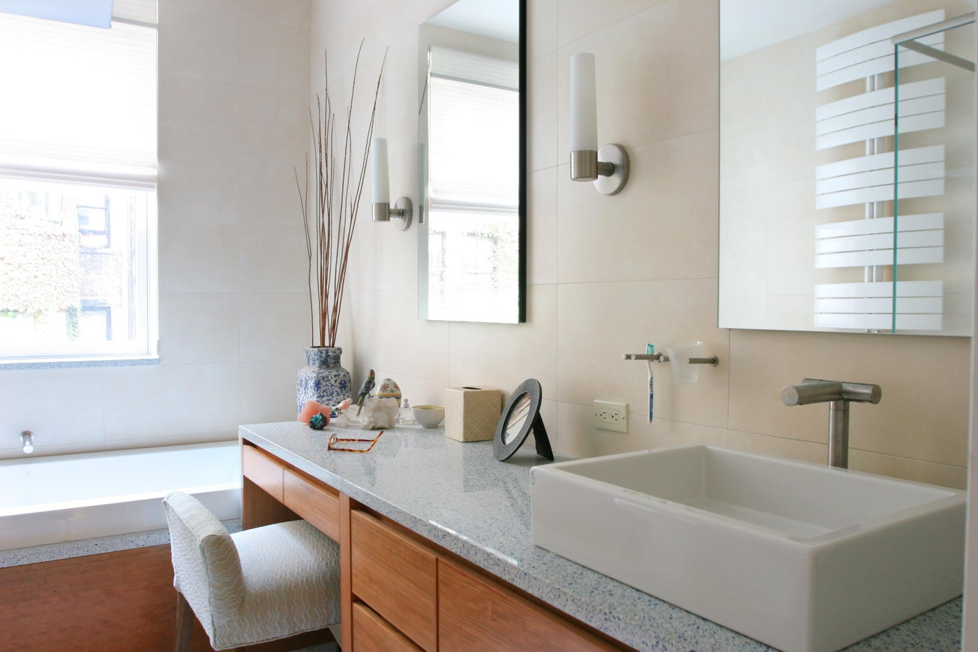 Gleicher Eco-Friendly Townhouse Master Bathroom Vanity