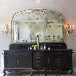 Carbon Master Bathroom | Malibu