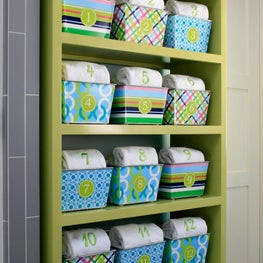 Lake Michigan Dorm Baskets, Numered Baskets, Monogramed Towels, Organized!