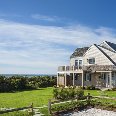 Nantucket, MA Shingle Style Cottage