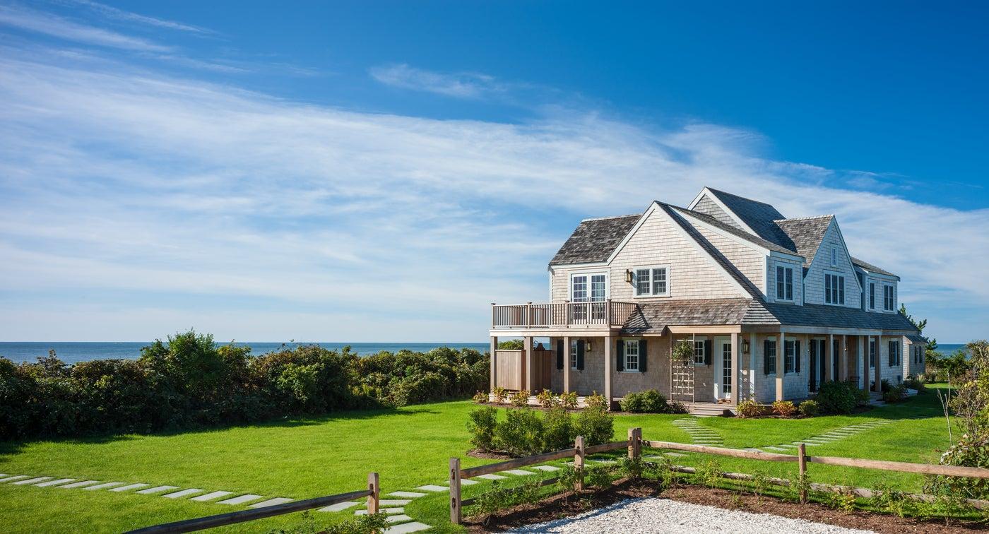 Nantucket, MA Shingle Style Cottage