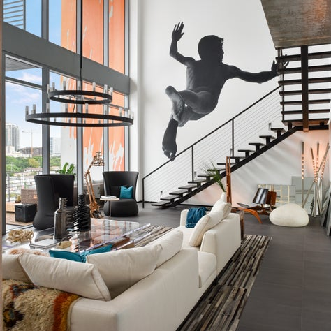 Miami Penthouse with mural art wall