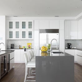 Florida Penthouse Open Kitchen