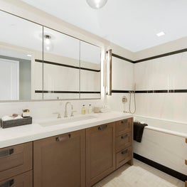 Central Park Residence, Bathroom