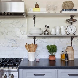 Kitchen with Carrara marble backsplash