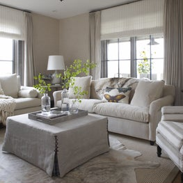 Montana Ranch Retreat Living Room with Linen Wallpaper