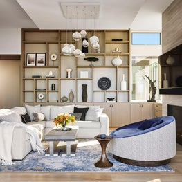 Hilltop Dream   Great Room