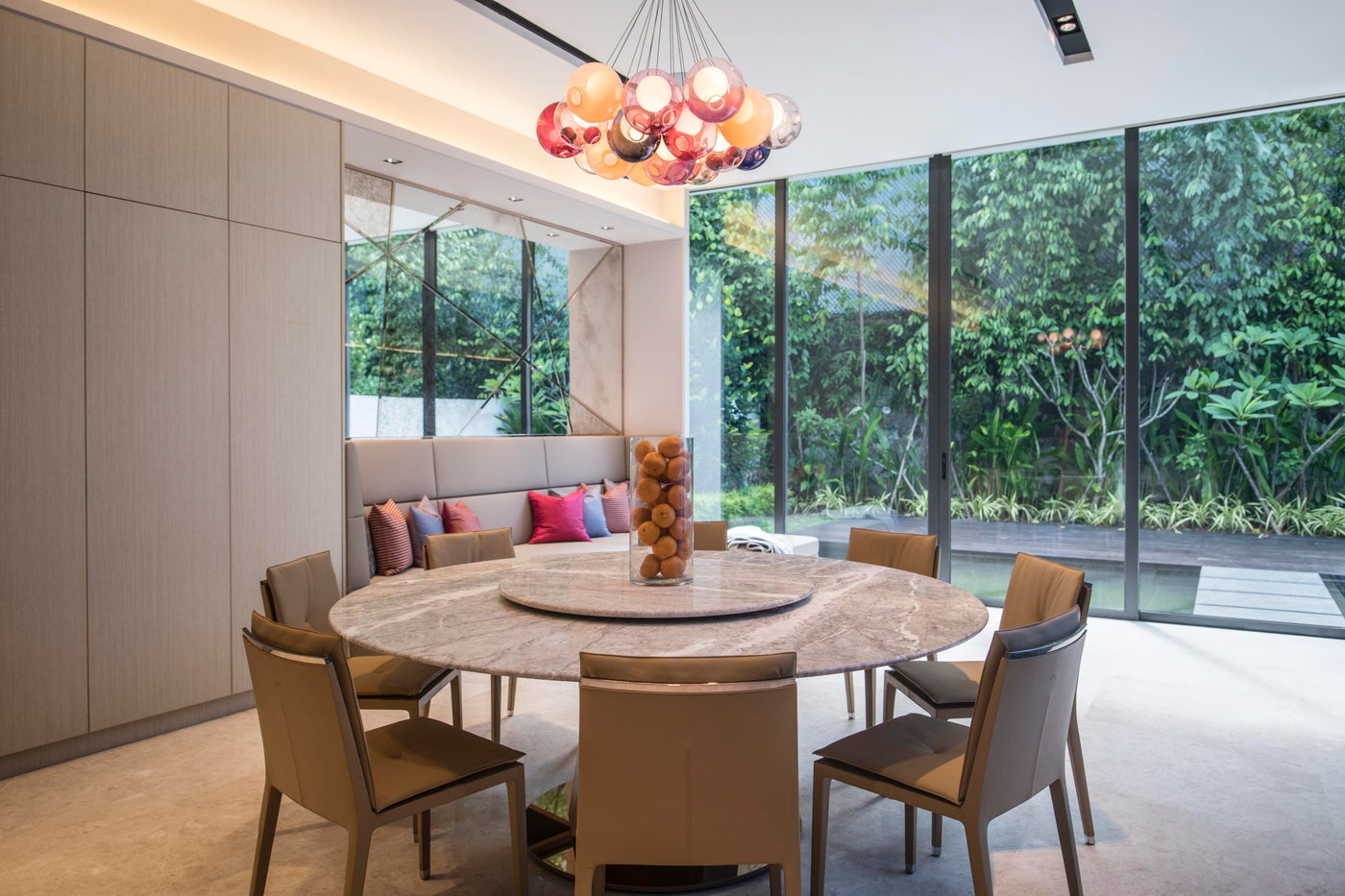 Millenial House, Dining room and informal sitting area