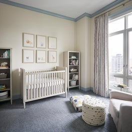 Lincoln Park Zoo | Sweet & Cozy Nursery with Contrast Blue Trim