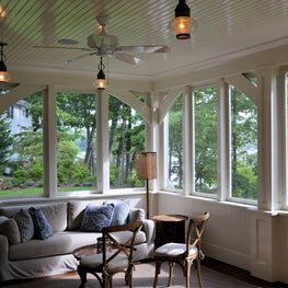Waterfront breakfast room, white