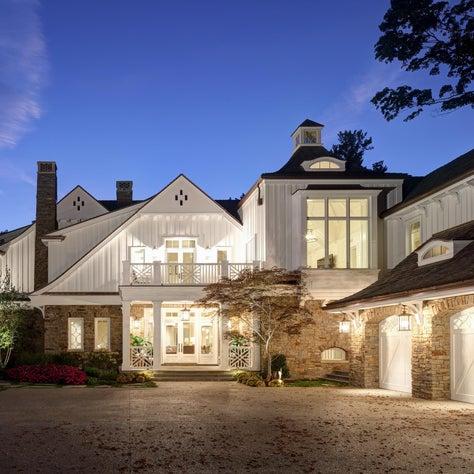 Michigan Lake House - front façade
