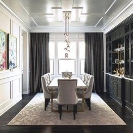 A Dining Room with Sophistication