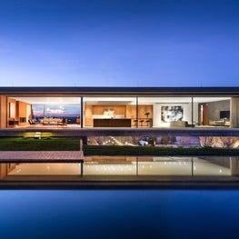 Hamptons Contemporary Beach House