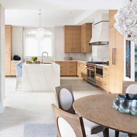 Fresh coastal style kitchen and dining space in Key Largo, Florida