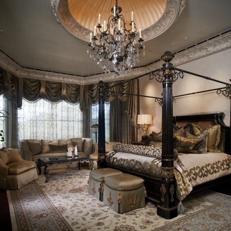 Authentic Italian Estate, Bedroom