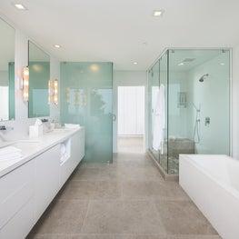 Beverly Hills Mid-Century Modern, Bathroom