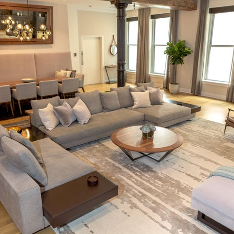 Bachelor Pad, New York Great room - warp&Weft rug, Diamond Table, Minotti sofas