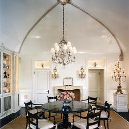 Southampton Waterfront Estate Vaulted ceiling with Gilded plaster rope detail
