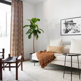 Hayes Guest Room
