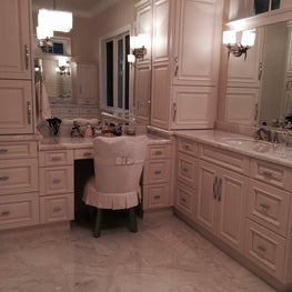 Grand Master Bathroom full of elegance in this large suburban home.