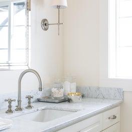 Sausalito Houseboat - Master Bathroom