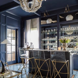 Tanglewood Houston Home Bar Perfect for Entertaining
