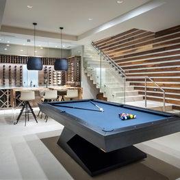 Entertainment Room and Custom Bar