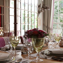 London Townhouse Dining Table
