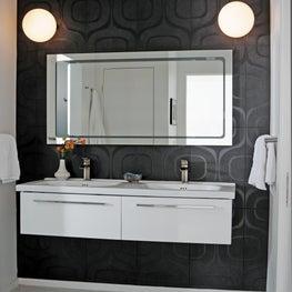 Calle Marcus Master Bathroom