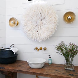 Muskoka Cottage - Powder Room