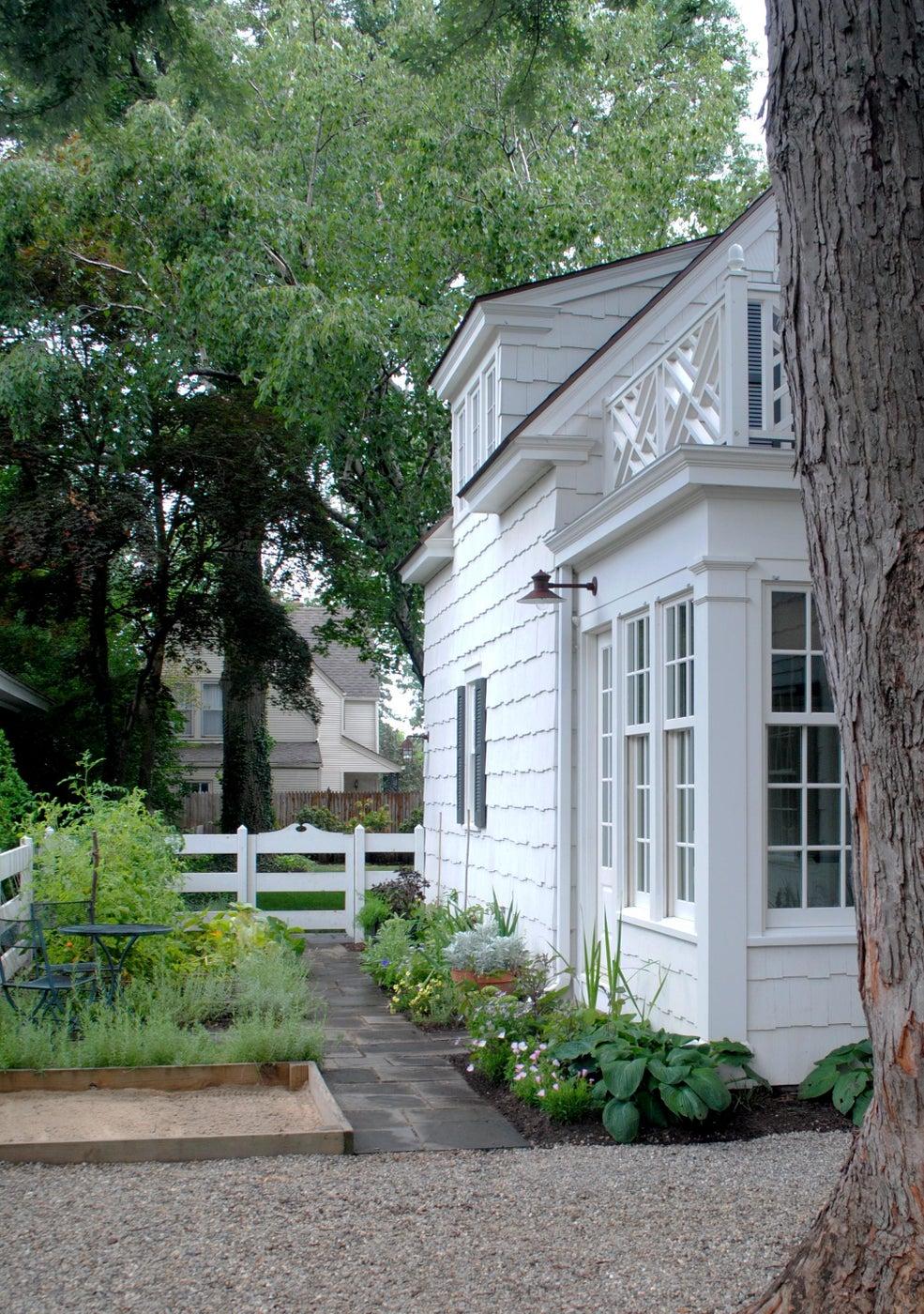 Historic Colonial Revival Home: Rear Garden Path