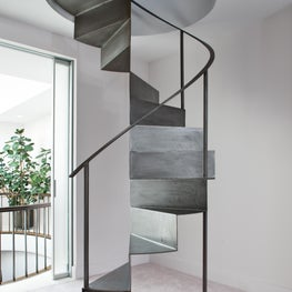 Upper East Side Townhouse, Staircase