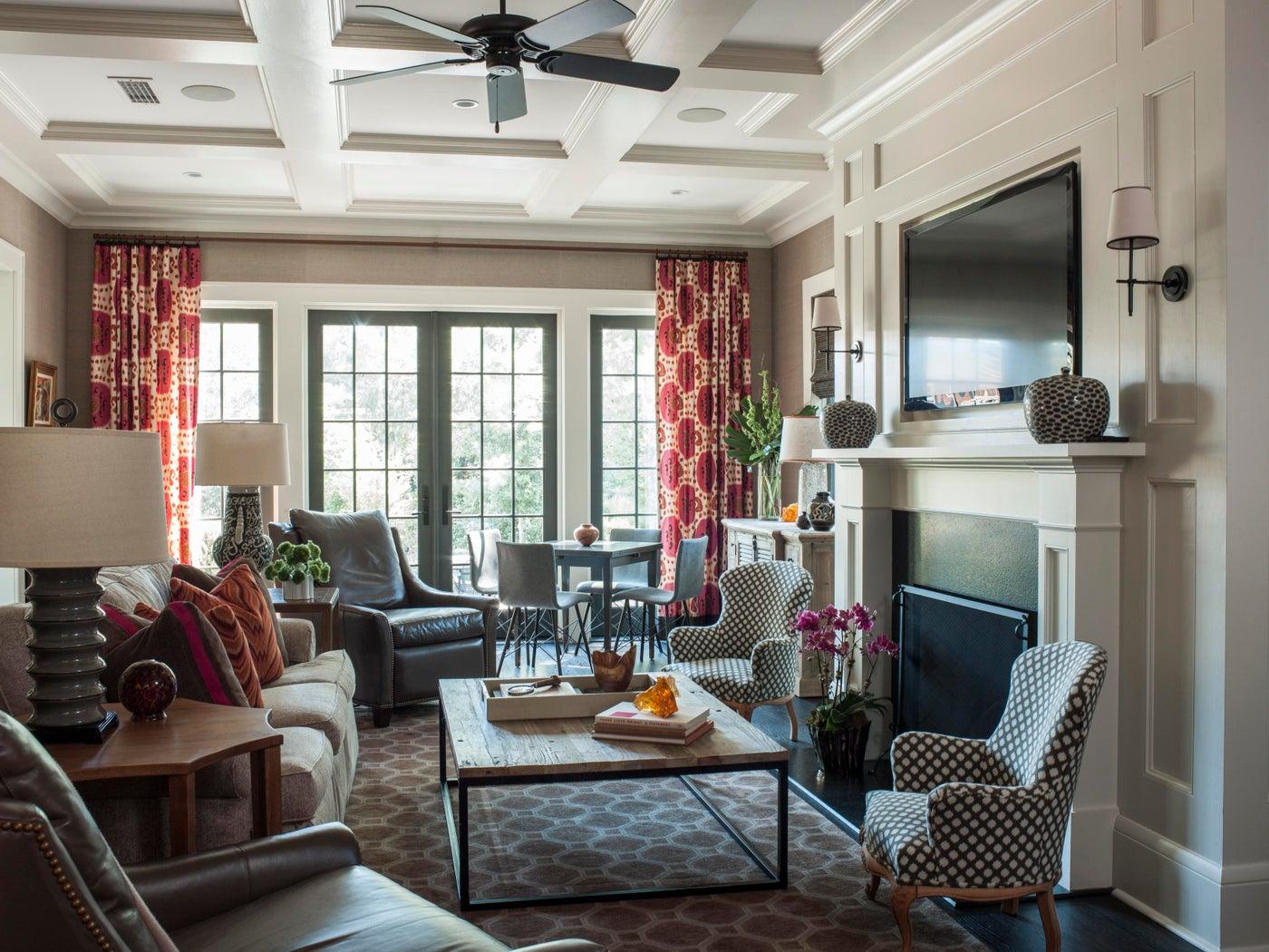 Historic Avondale, Livingroom