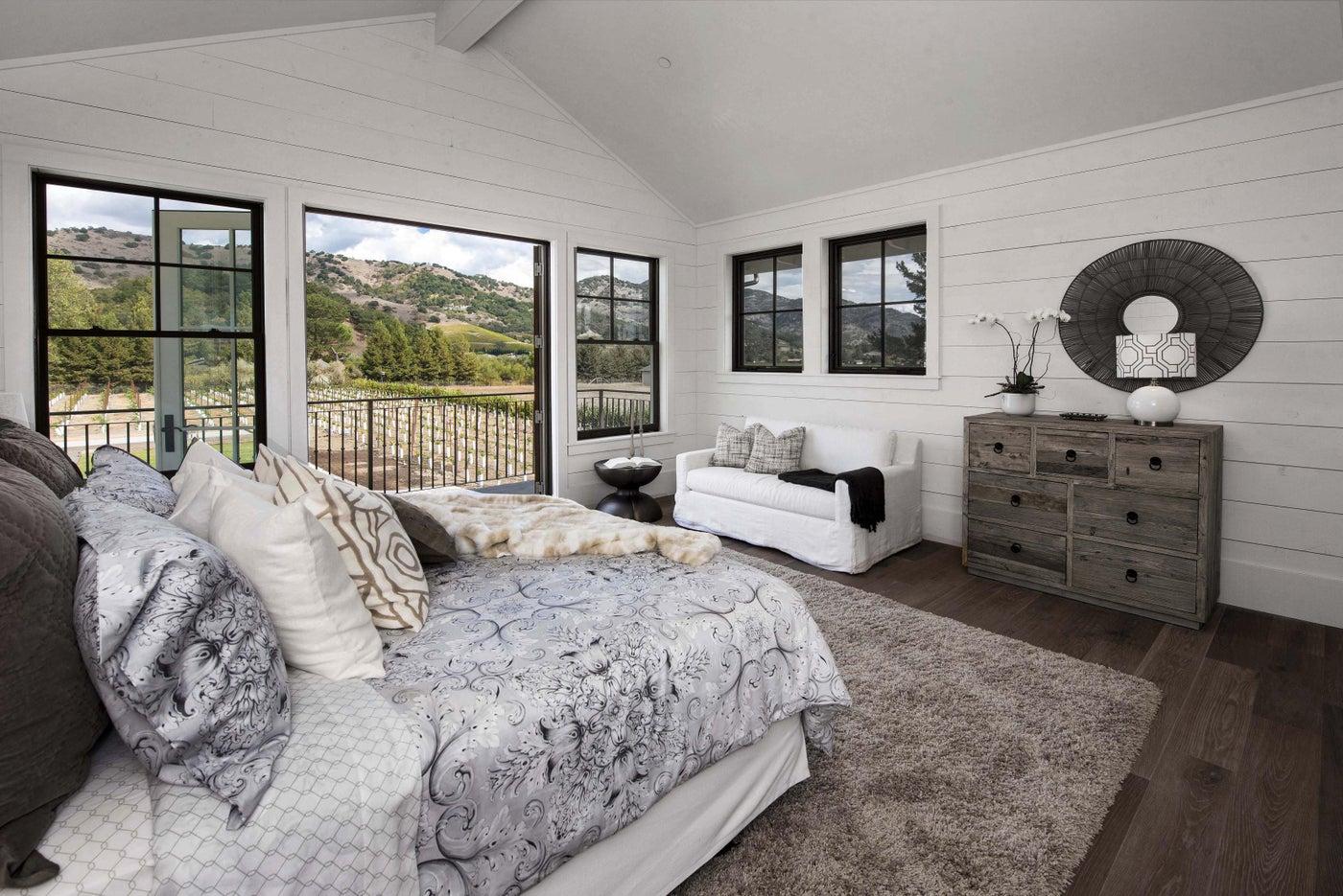 Yountville Farmhouse, Master Bedroom