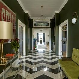 Woodland Manor, Hallway