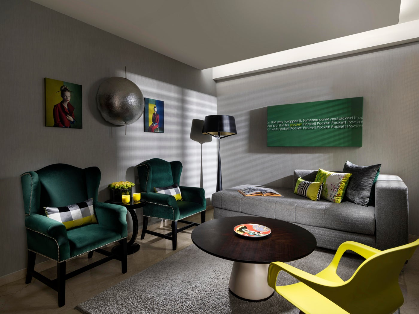 Eclectic Apartment, Family Room