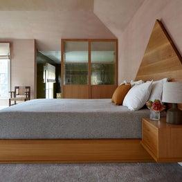 Sleepy Hollow - Master Bedroom