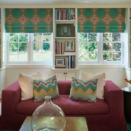 Fucshia and Emerald Green Living Room