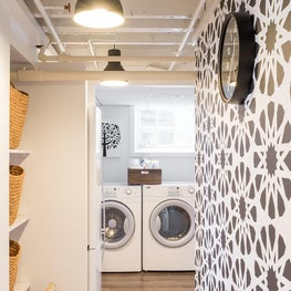 Kids art studio and mudroom laundry area