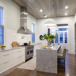 Greek Revival - Contemporary kitchen