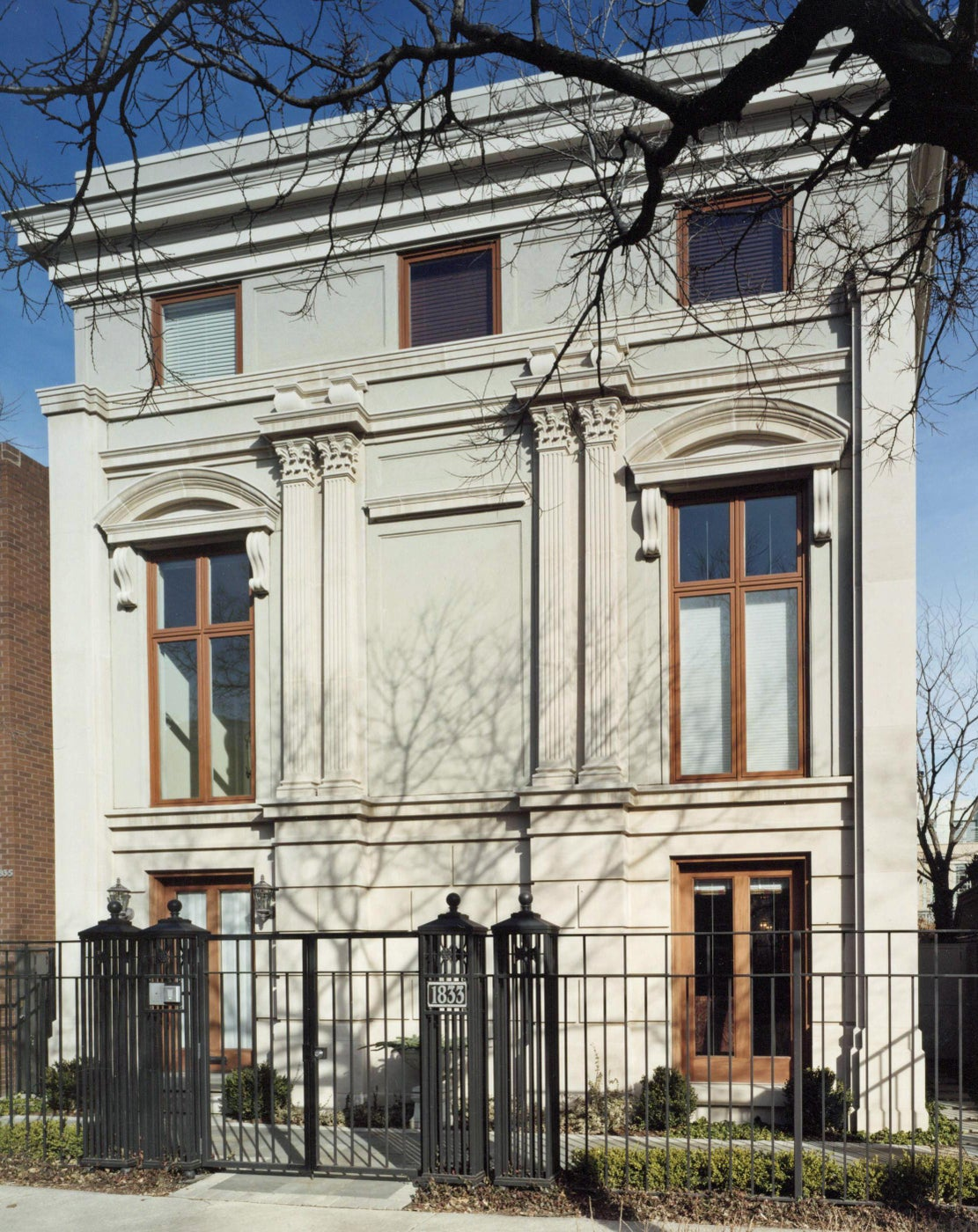 Facade of This Chicago Residence Is Transformed Into an Italian Villa